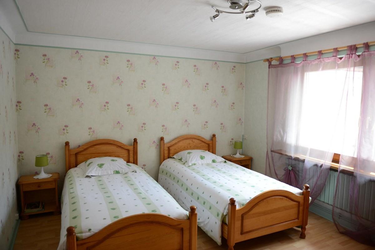 chambres et table d 39 h tes a l 39 avant 39 thur de monsieur g rard debarle kruth. Black Bedroom Furniture Sets. Home Design Ideas