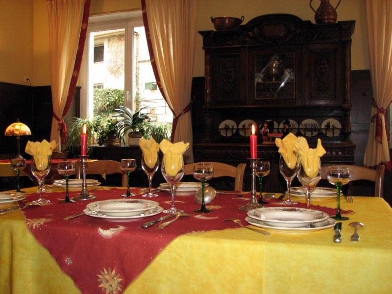Chambres et tables d'hôtes de Madame Geneviève GRASS: le Soleil