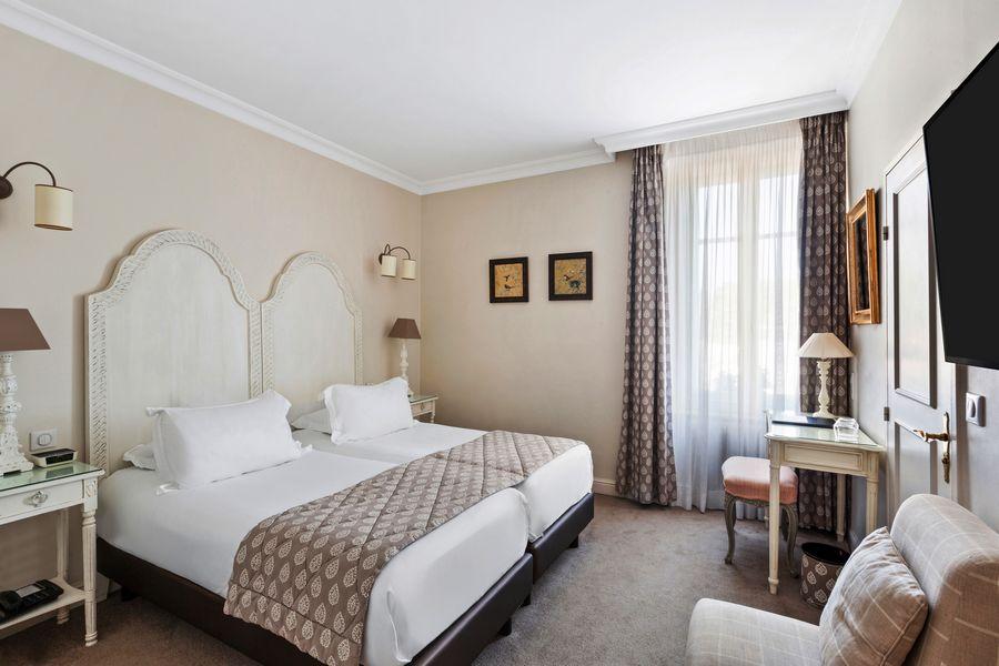 H tel villa d 39 est strasbourg 67000 recherche for Hotel chercher