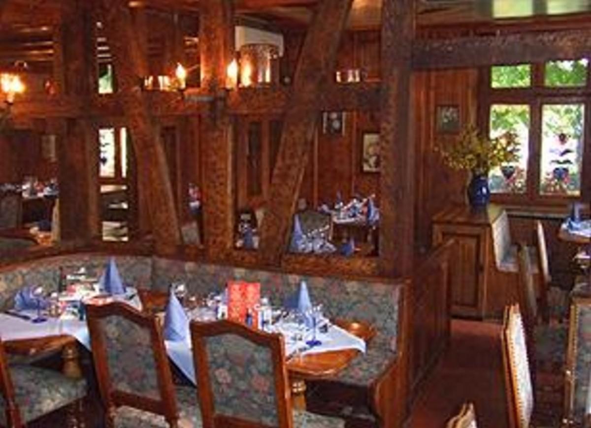 Restaurant bierstub ami schutz strasbourg for Reso strasbourg