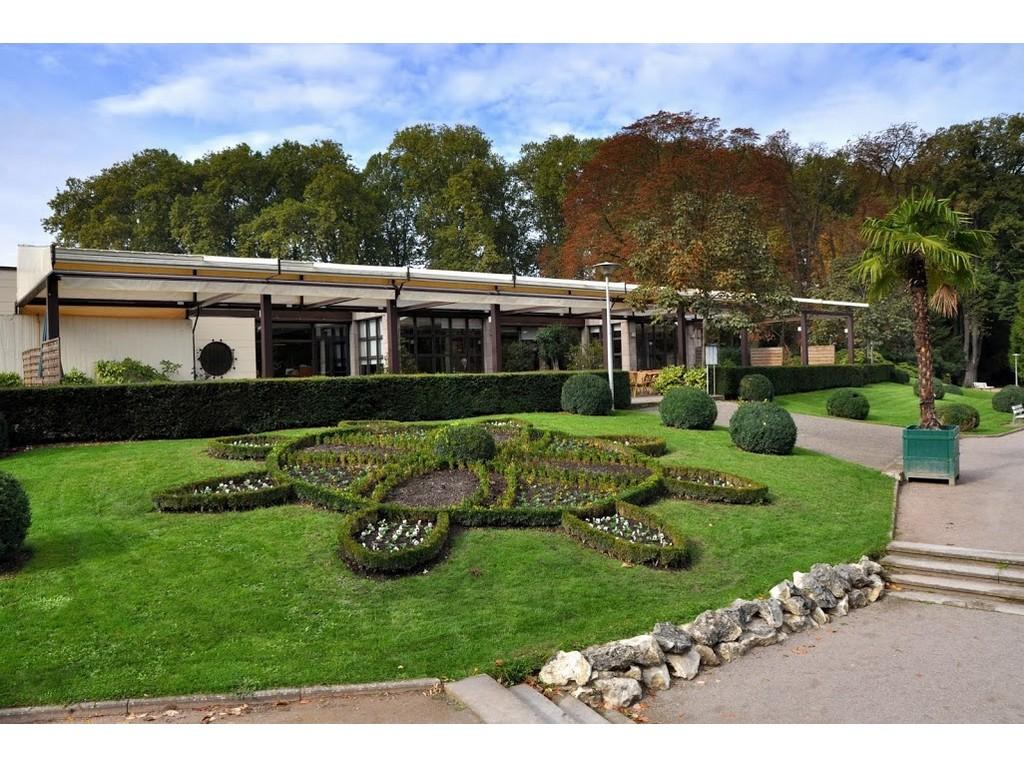 Restaurant le jardin de l 39 orangerie strasbourg for Restaurant le jardin en ville