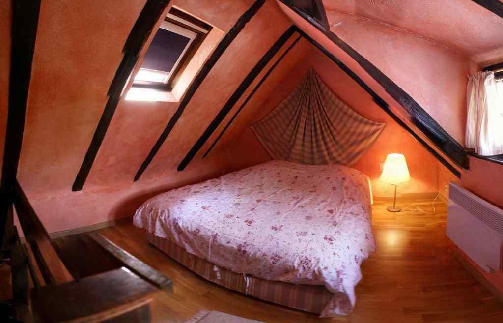 chambre d 39 h tes fink 39 neschtel cath drale strasbourg. Black Bedroom Furniture Sets. Home Design Ideas