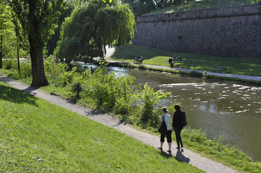 Le parc de la citadelle strasbourg for Parc des expo strasbourg