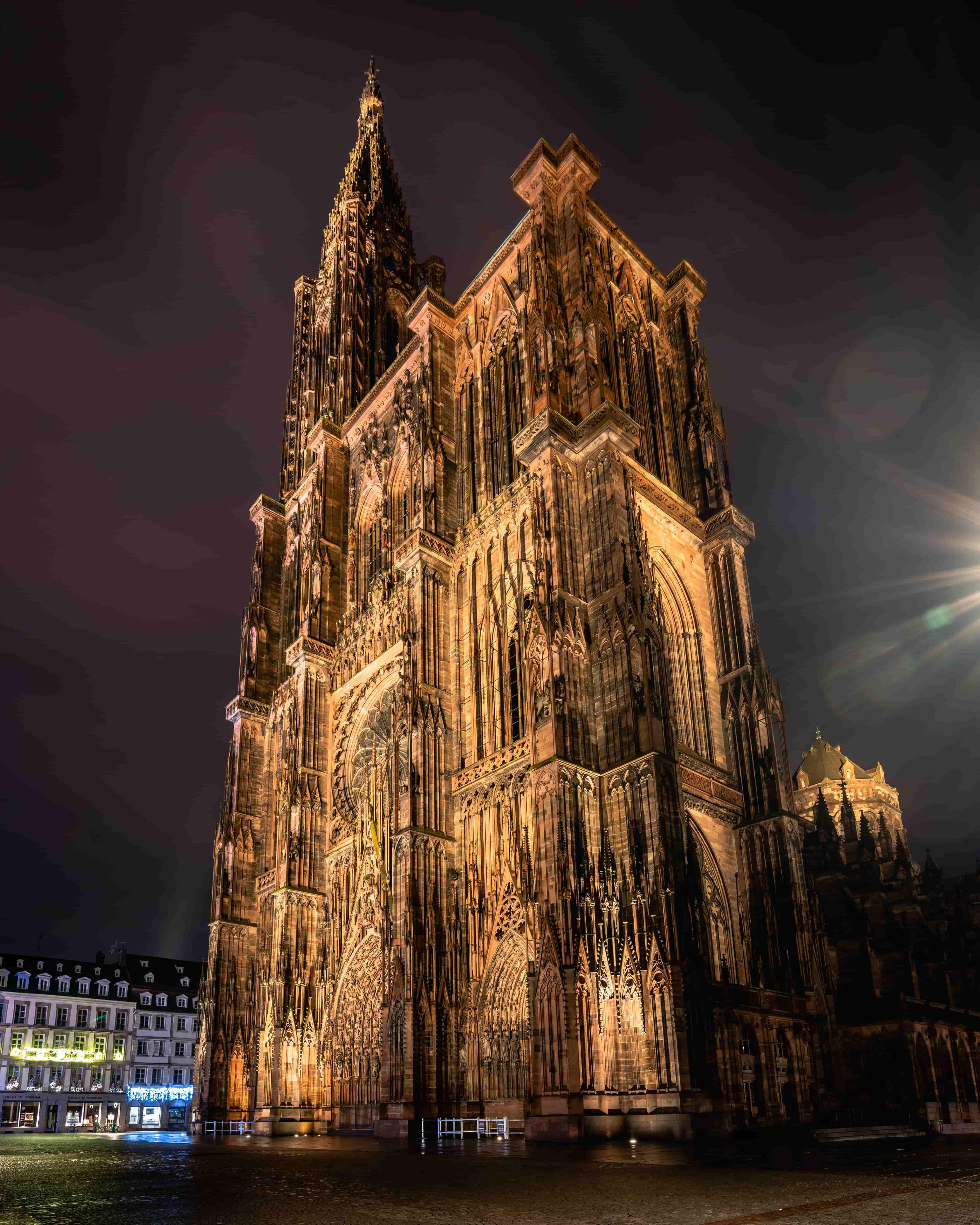 https://apps.tourisme-alsace.info/photos/strasbourg/photos/223012489_1.jpg