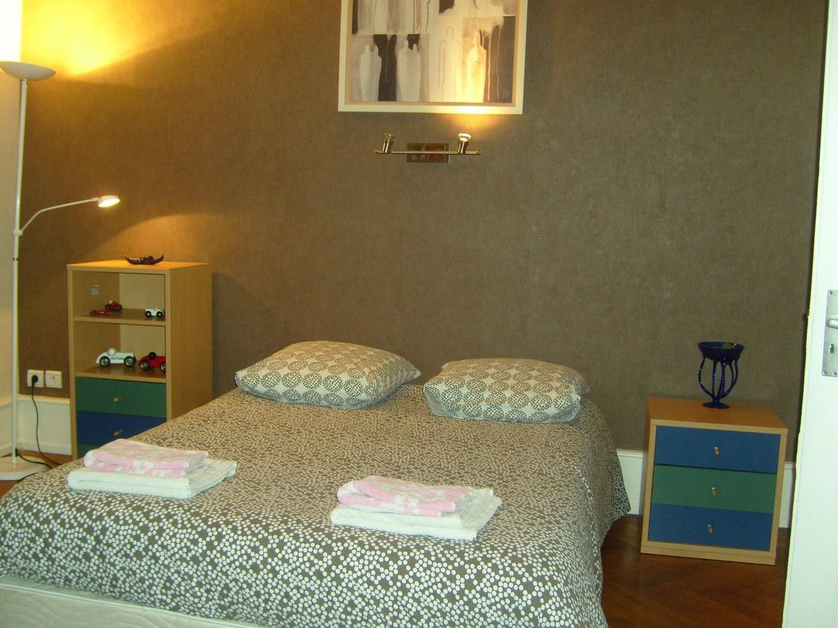 chambre d 39 h tes la halte 1 strasbourg robertsau. Black Bedroom Furniture Sets. Home Design Ideas